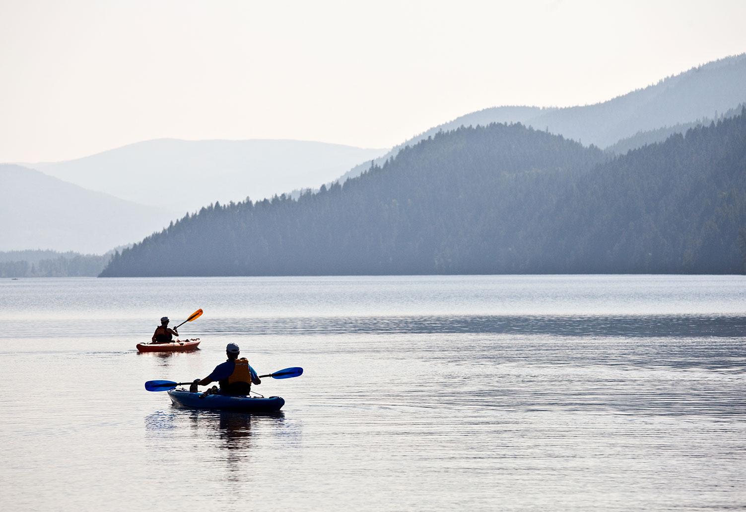 kayak moyie lake